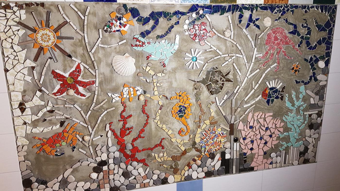 Zweite Mosaik-Wand Im Abenteuerland