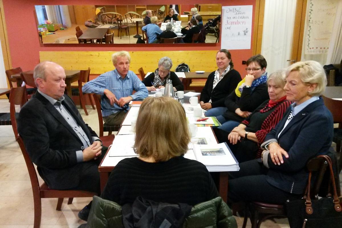 Arbeitsgruppe in Stuttgart